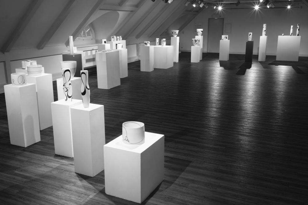 Karin-Bablok-Einzelausstellung-Ostholsteinmuseum-Foto-Axel-Fidelak